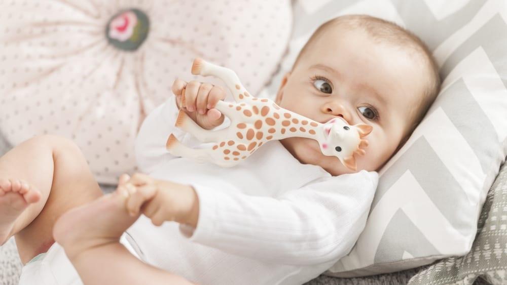 8 suggerimenti per rendere più serene le notti del neonato